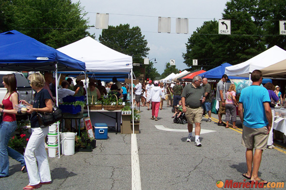 An average of 55 vendors participate each week