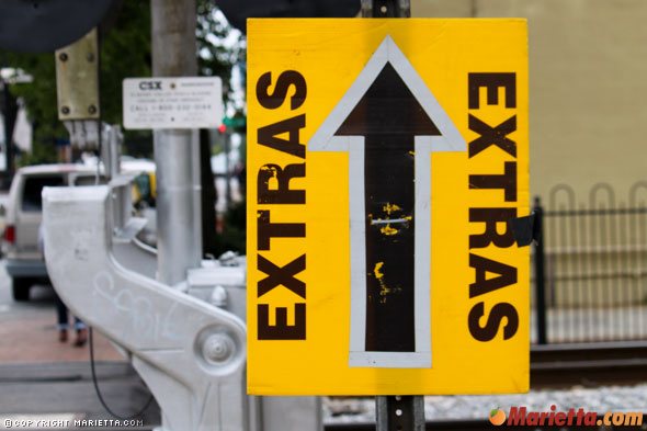 extras-sign